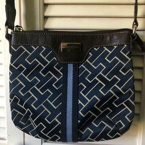 Tommy Hilfiger small handbag